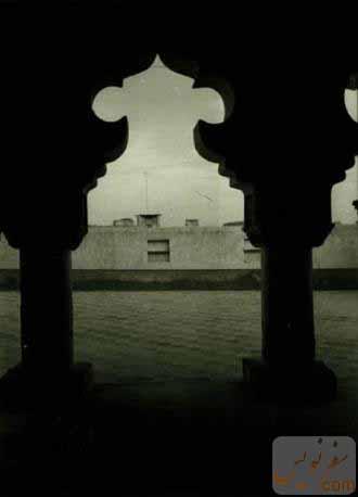 تزئینات زیبای ایوان مسجد ملک بن عباس