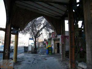 اشغال معبر پیاده رو ، روبروی مسجد سلمان