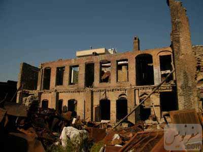 عمارت در حال تخریب مدرسه نور صداقت (انبار عاج)