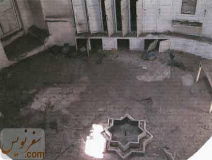 تصویری قدیمی از رختکن حمام گلشن