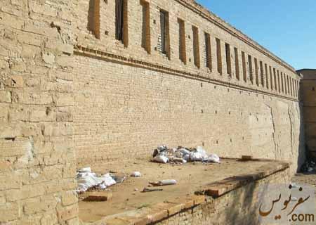 زباله ها و نخاله های فراوان در قلعه شوش (آکروپل ، فرانسوی ها)