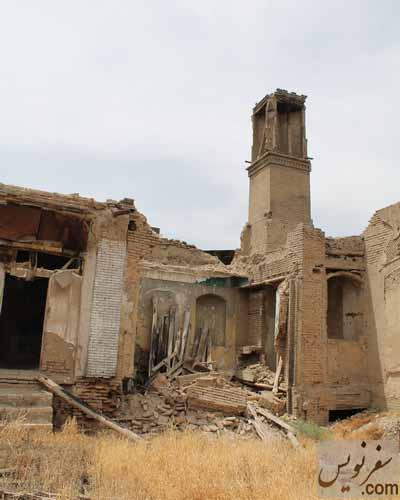 عمارت بادگیر شمال غربی خانه اتحادیه پس از تخریب (چند روز قبل)