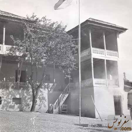 تصویری قدیمی از خانه مرادعلی خان پدربزرگ رضاشاه