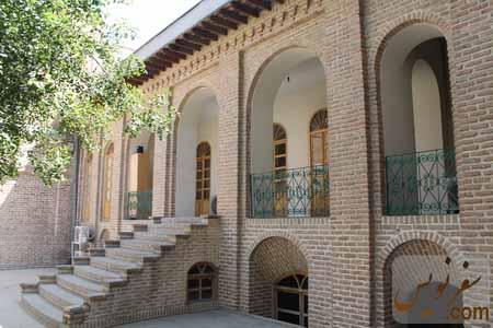 ساختمان الحاقی خانه مشیرالدوله پیرنیا در شمال شرقی عمارت
