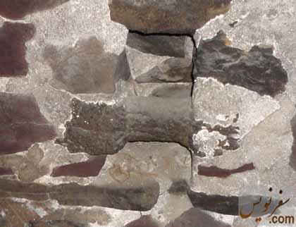 مالبند یکپارچه سنگی کاروانسرای گدوک