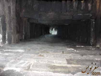 تصویری از بالای اجاقهای کاروانسرای گدوک (بدون خروجی)