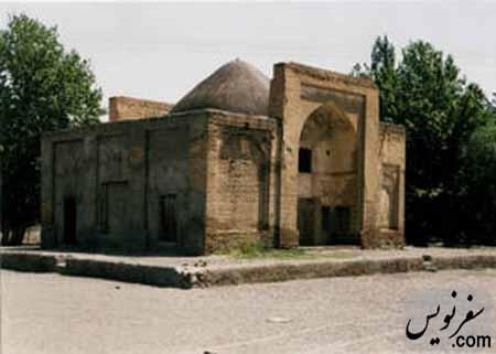 باغمزار ویرانی در سال 1382 (ایوان غربی و جنوبی)