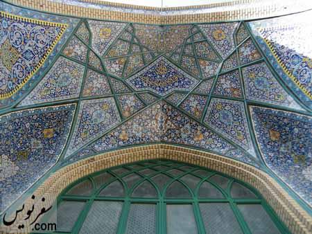کاشی کاری ایوان ورودی مسجد شیخ فضل الله نوری (میرزا یونس خان)