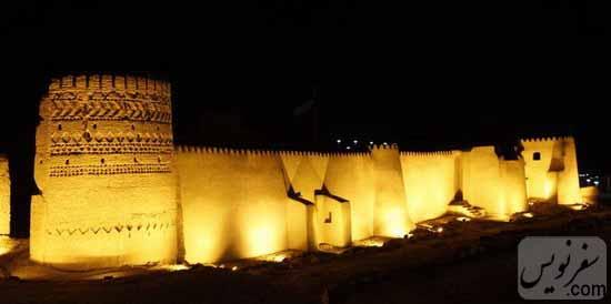 قلعه ارگ انار و زیبایی شب