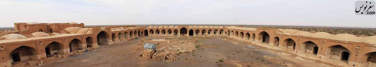 کاروانسرای دیرگچین با وسعتی نزدیک به 10 هزار متر مربع