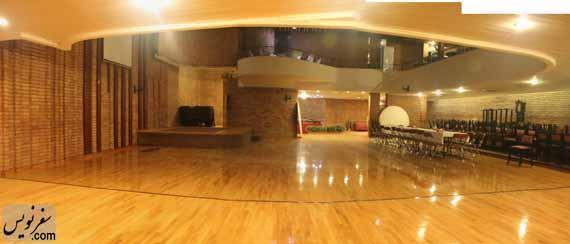 سالن طراحی شده توسط معمار رستم وسکانیان