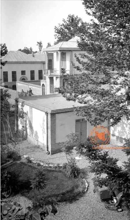عکسی منتشر نشده از خانه تاریخی ماوثاله از پنجره کافه نادری (منبع پنجره ای به دیروز)