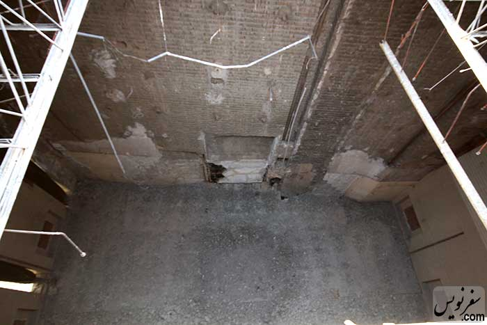 تخریب تزئینات معماری داخل کلیسای روز هفتم