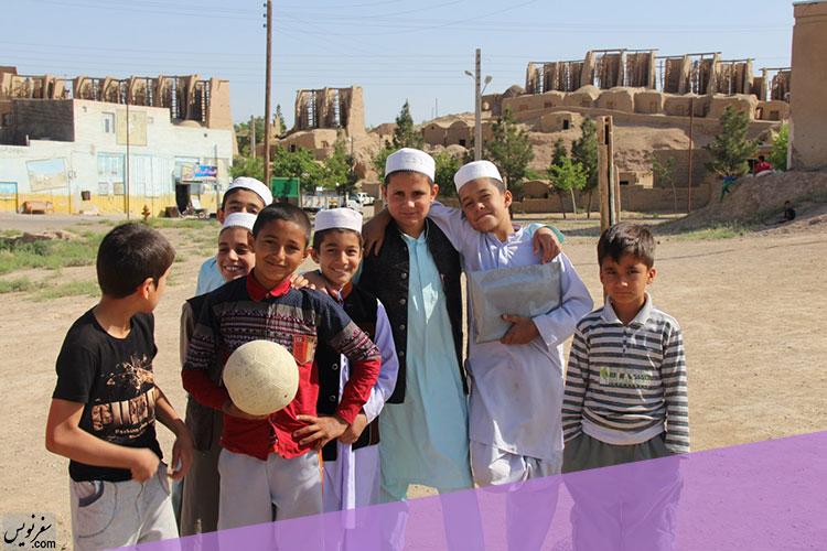 کودکان نشتیفان و آسبادهای شهر خواف