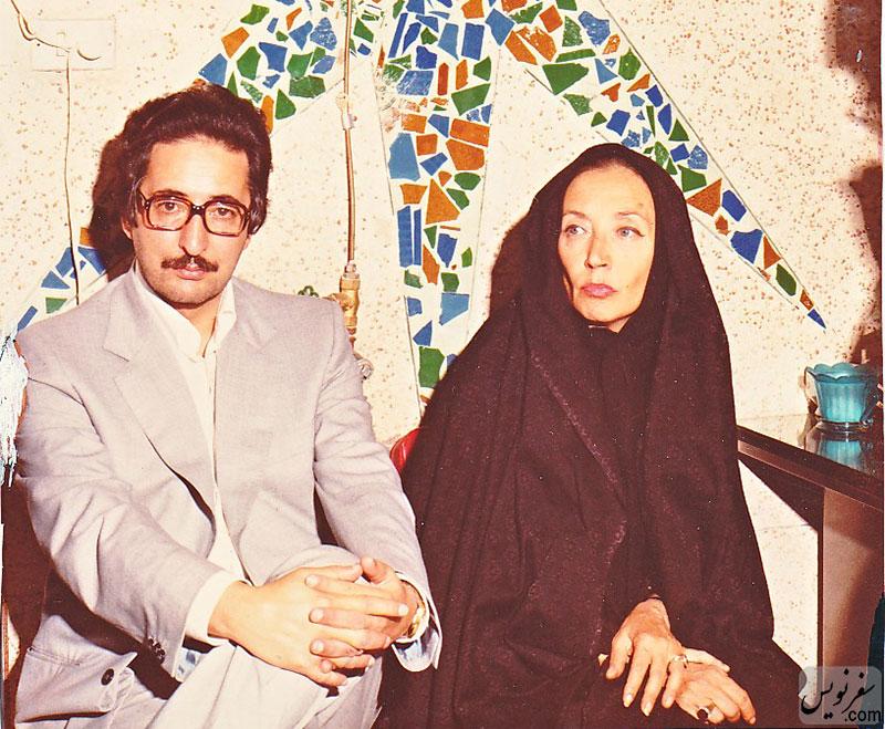 خانم اوریانا فالاچی و بنی صدر در حضور خمینی قبل از برداشتن چادر