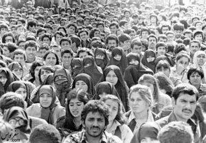 اعتراض و تجمع زنان درخصوص حجاب اجباری و قانون حمایت از خانواده اسفند 57