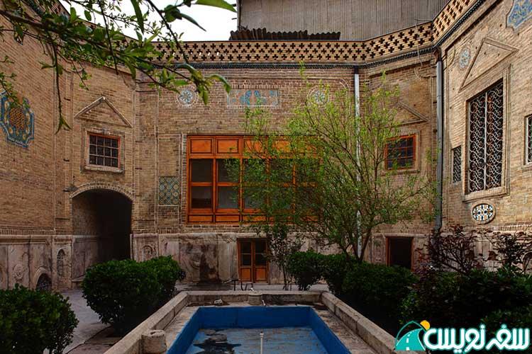 خانه حاج حسین ملک در بازار بین الحرمین تهران