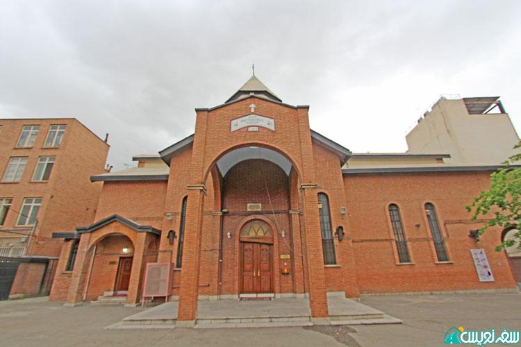 کلیسای مترجمان مقدس