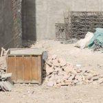 سنگ فرشها و حفاظهای مخروبه تجارتخانه جهانیان