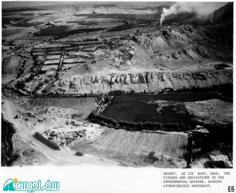 عکس هوایی در سایت موزه دانشگاه شیکاگو محوطه دژ رشکان و کارخانه سیمان