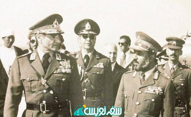 بازدید محمدرضا پهلوی از منطقه ظفار عمان با حضور سلطان قابوس