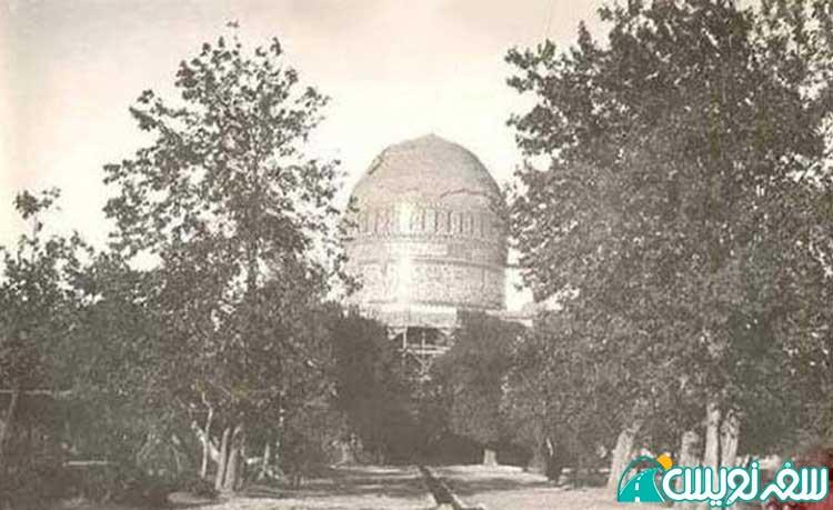 عکسی قدیمی از آرامستان و مقبره خواجه ربیع